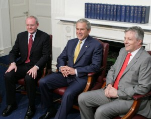 Forgive and forget? George W Bush meeting Martin McGuinness (left) and Peter Robinson (right). Image: Wikimedia Commons