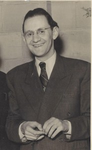 Simche Unsdorfer as a refugee in England, 1950